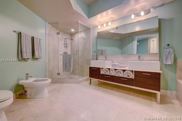 218 SE 14th St, Miami, Fl 33131, Emerald at Brickell #1501, Brickell, Miami A10514407 image #12