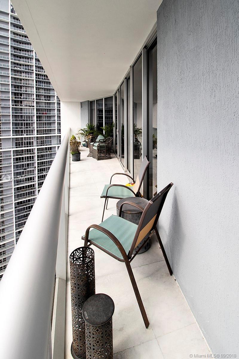 465 Brickell Ave, Miami, FL 33131, Icon Brickell I #4303, Brickell, Miami A10515395 image #18