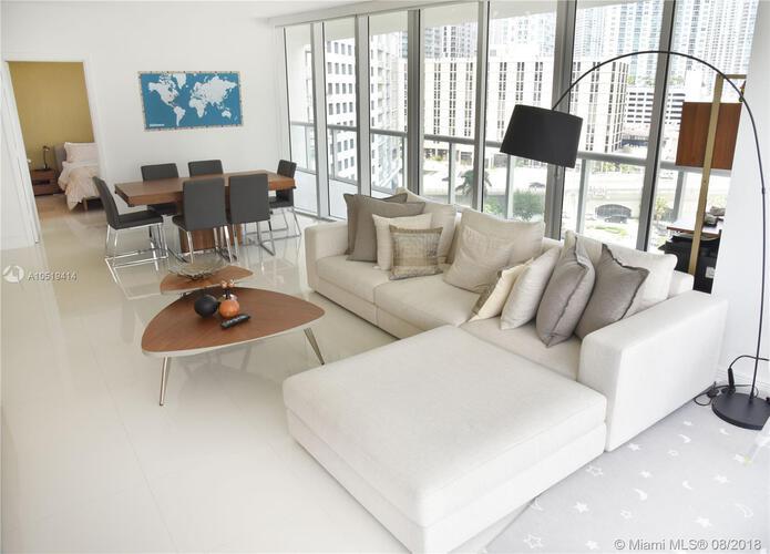 465 Brickell Ave, Miami, FL 33131, Icon Brickell I #1002, Brickell, Miami A10519414 image #4