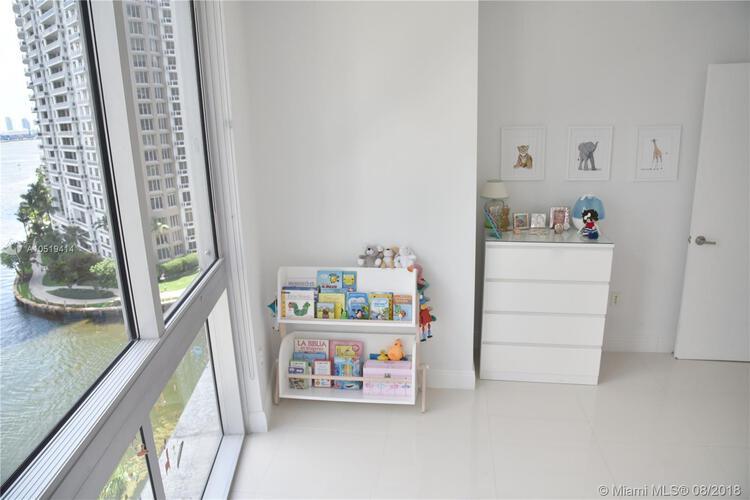 465 Brickell Ave, Miami, FL 33131, Icon Brickell I #1002, Brickell, Miami A10519414 image #8