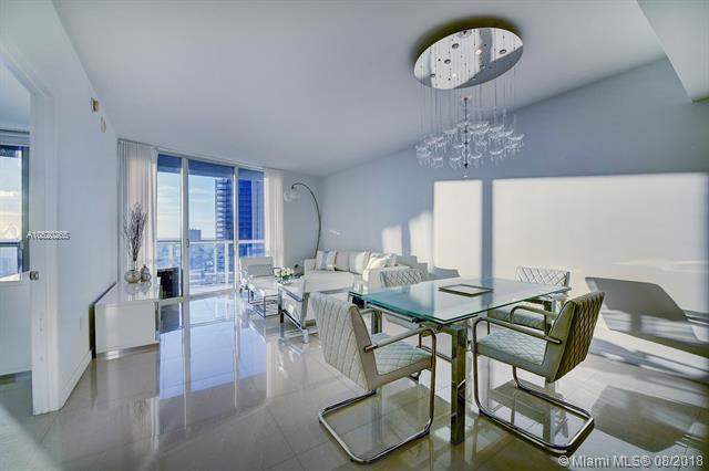 465 Brickell Ave, Miami, FL 33131, Icon Brickell I #4306, Brickell, Miami A10520265 image #2