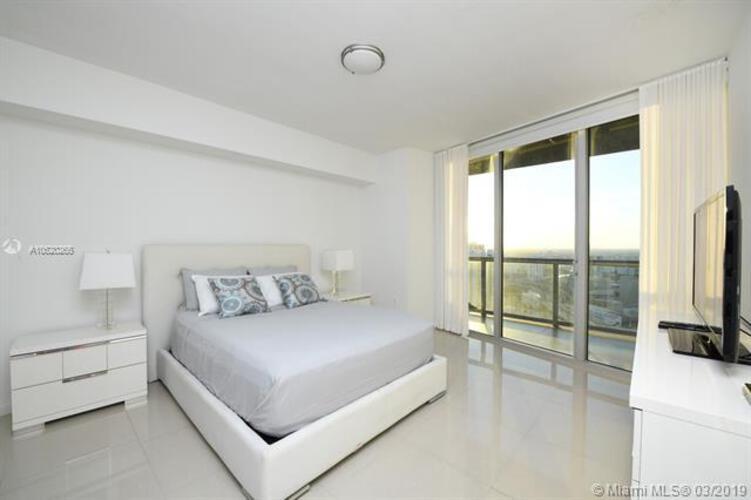 465 Brickell Ave, Miami, FL 33131, Icon Brickell I #4306, Brickell, Miami A10520265 image #9