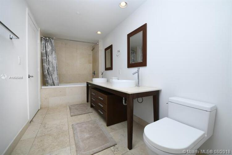 465 Brickell Ave, Miami, FL 33131, Icon Brickell I #4306, Brickell, Miami A10520265 image #14