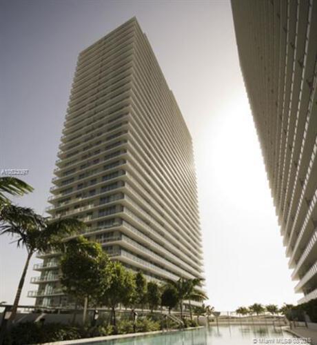 1111 SW 1st Avenue, Miami, FL 33130 (North) and 79 SW 12th Street, Miami, FL 33130 (South), Axis #3801S, Brickell, Miami A10523097 image #2