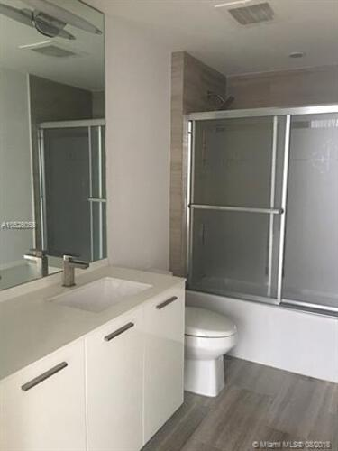 1300 Brickell Bay Drive, Miami, FL 33131, Brickell House #3007, Brickell, Miami A10526056 image #13