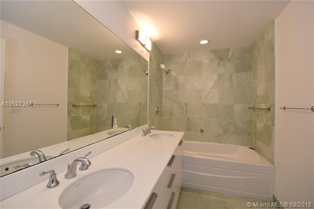 Avenue 1060 Brickell image #26
