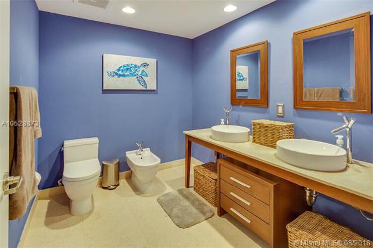 495 Brickell Ave, Miami, FL 33131, Icon Brickell II #3308, Brickell, Miami A10528873 image #13