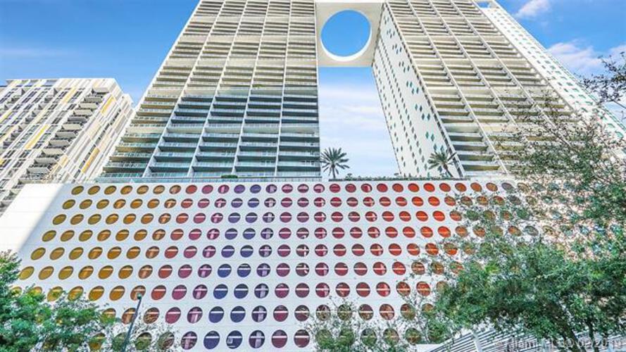 500 Brickell image #7