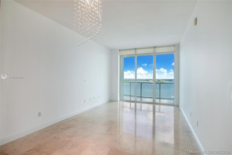 218 SE 14th St, Miami, Fl 33131, Emerald at Brickell #2305, Brickell, Miami A10531896 image #5