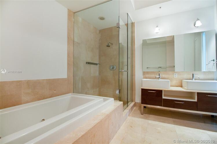 218 SE 14th St, Miami, Fl 33131, Emerald at Brickell #2305, Brickell, Miami A10531896 image #13