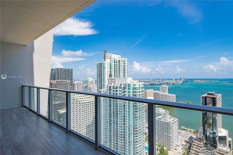 1010 Brickell Avenue, Miami, FL 33131, 1010 Brickell #4704, Brickell, Miami A10531938 image #3
