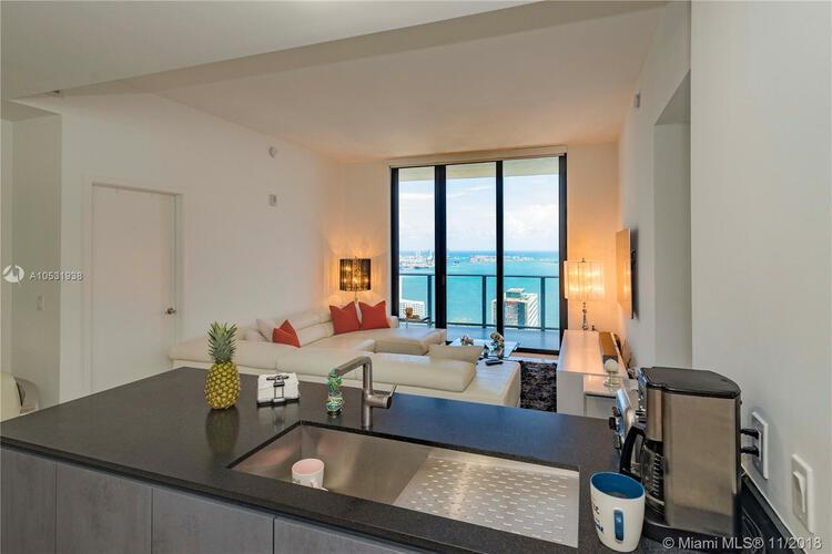 1010 Brickell Avenue, Miami, FL 33131, 1010 Brickell #4704, Brickell, Miami A10531938 image #5