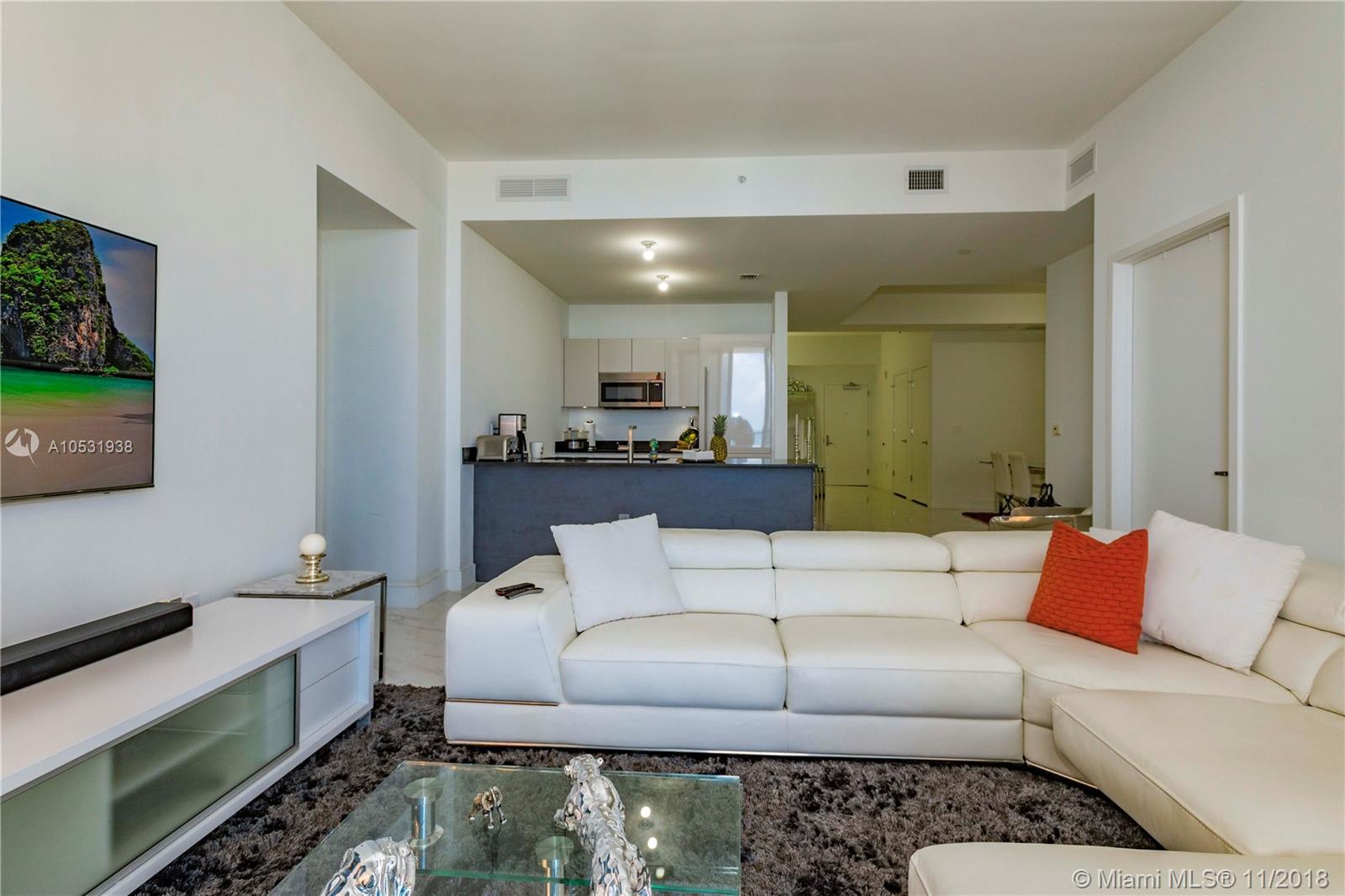 1010 Brickell Avenue, Miami, FL 33131, 1010 Brickell #4704, Brickell, Miami A10531938 image #6