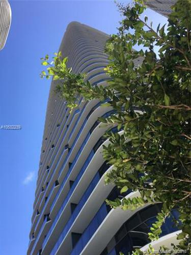 45 SW 9th St, Miami, FL 33130, Brickell Heights East Tower #2610, Brickell, Miami A10532239 image #3