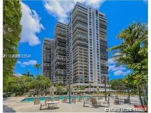 Brickell Bay Club image #6