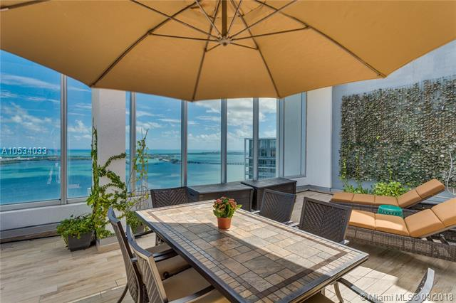 465 Brickell Ave, Miami, FL 33131, Icon Brickell I #PH5703, Brickell, Miami A10534033 image #3