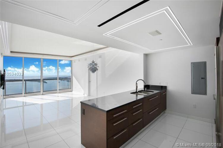465 Brickell Ave, Miami, FL 33131, Icon Brickell I #PH5703, Brickell, Miami A10534033 image #9