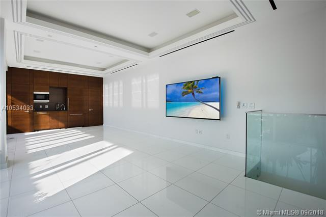 465 Brickell Ave, Miami, FL 33131, Icon Brickell I #PH5703, Brickell, Miami A10534033 image #11