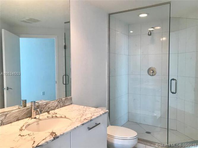 500 Brickell Avenue and 55 SE 6 Street, Miami, FL 33131, 500 Brickell #2202, Brickell, Miami A10534553 image #17