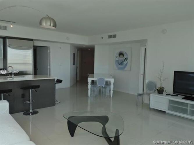 500 Brickell Avenue and 55 SE 6 Street, Miami, FL 33131, 500 Brickell #1902, Brickell, Miami A10535767 image #8