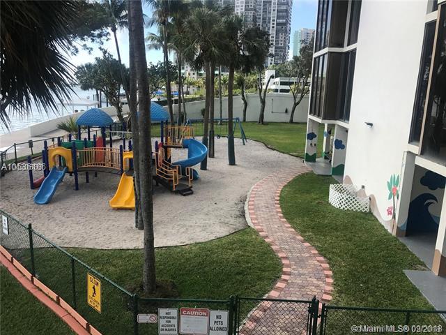 1915 Brickell Ave, Miami, FL 33129, Brickell Place II #C1610, Brickell, Miami A10536106 image #12