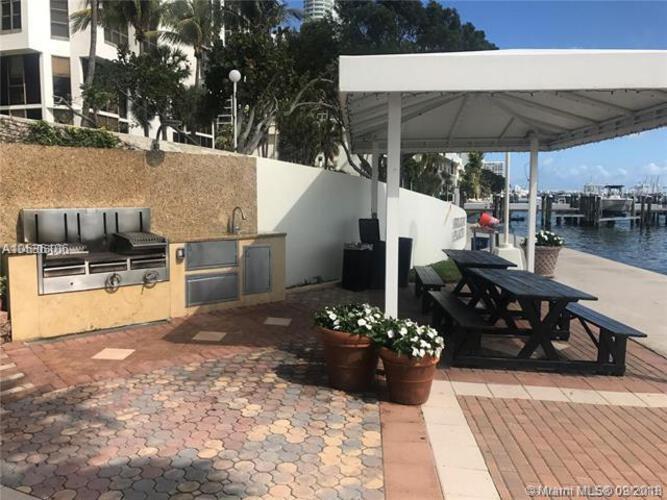 1915 Brickell Ave, Miami, FL 33129, Brickell Place II #C1610, Brickell, Miami A10536106 image #14