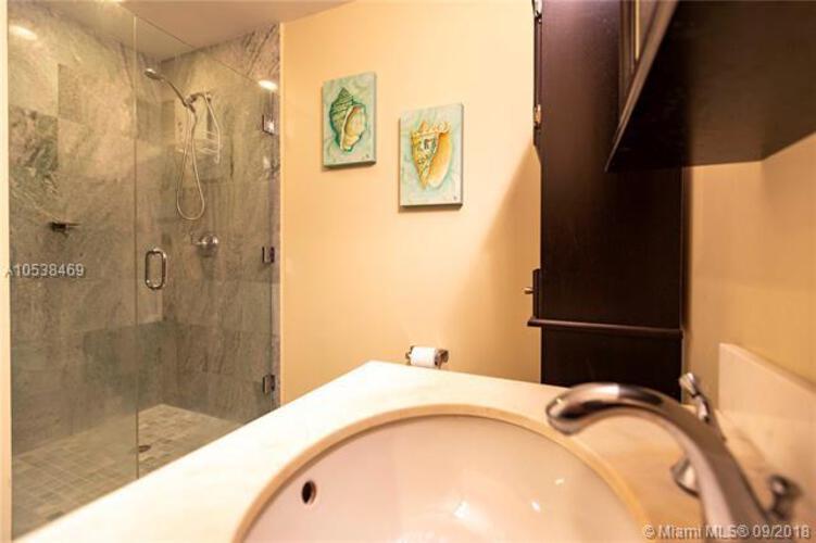 1050 Brickell Ave & 1060 Brickell Avenue, Miami FL 33131, Avenue 1060 Brickell #1812, Brickell, Miami A10538469 image #17