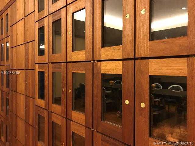 1050 Brickell Ave & 1060 Brickell Avenue, Miami FL 33131, Avenue 1060 Brickell #1812, Brickell, Miami A10538469 image #31
