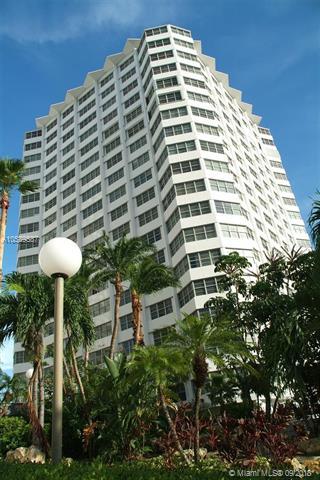 905 Brickell Bay Drive, Miami, FL 33131, Four Ambassadors #1522, Brickell, Miami A10539587 image #10