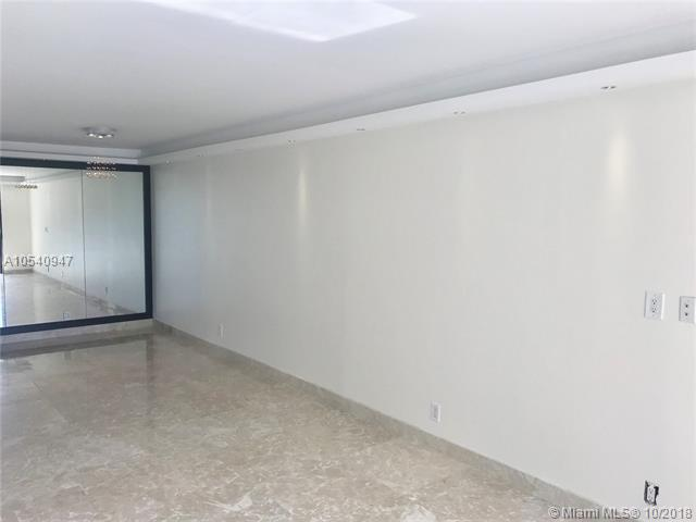 200 Southeast 15th Rd, Miami, FL 33129, Brickell Harbour #5J, Brickell, Miami A10540947 image #4