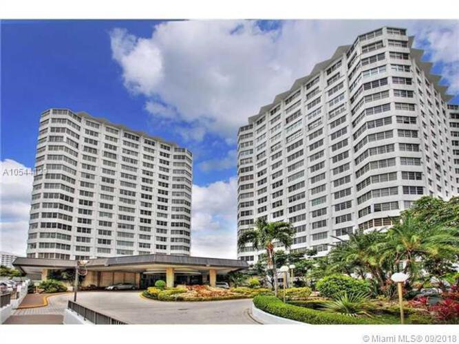 905 Brickell Bay Drive, Miami, FL 33131, Four Ambassadors #1408, Brickell, Miami A10544123 image #2