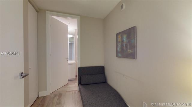 Brickell House image #26