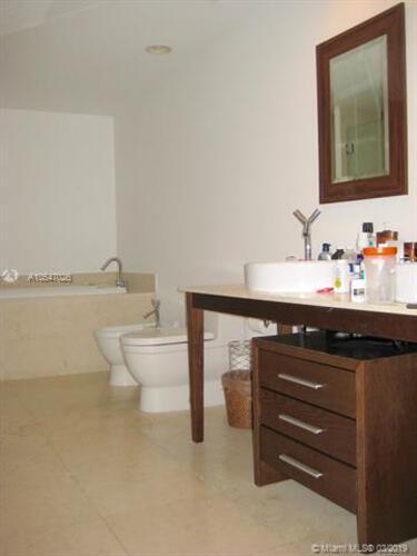 465 Brickell Ave, Miami, FL 33131, Icon Brickell I #1602, Brickell, Miami A10547026 image #8