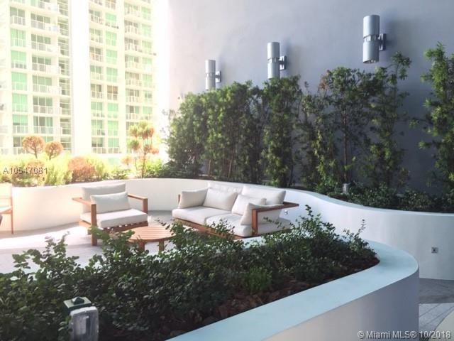 Brickell House image #20