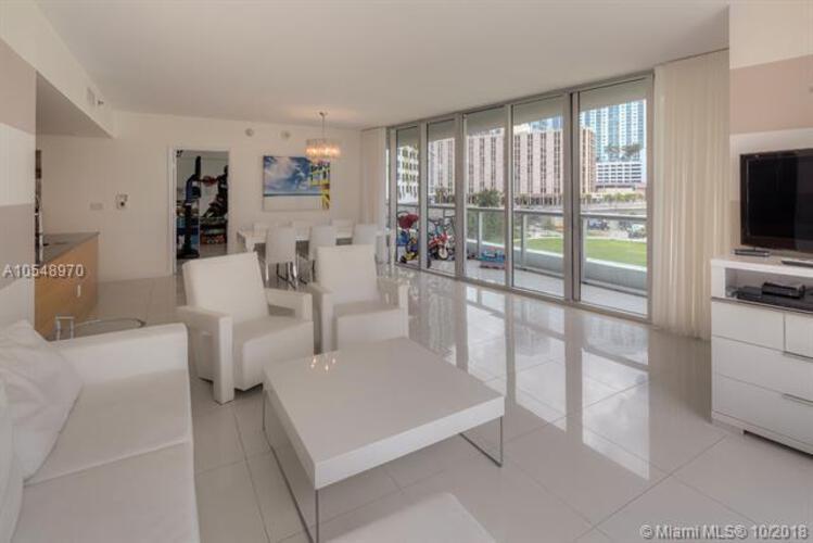 465 Brickell Ave, Miami, FL 33131, Icon Brickell I #402, Brickell, Miami A10548970 image #8