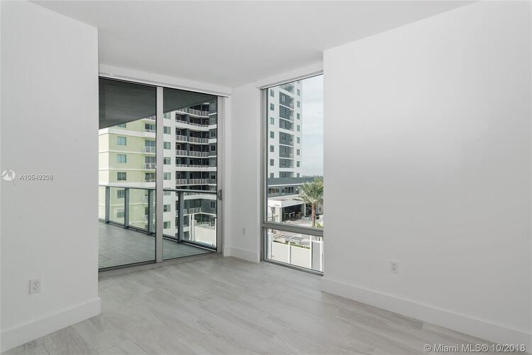 Brickell Ten image #5