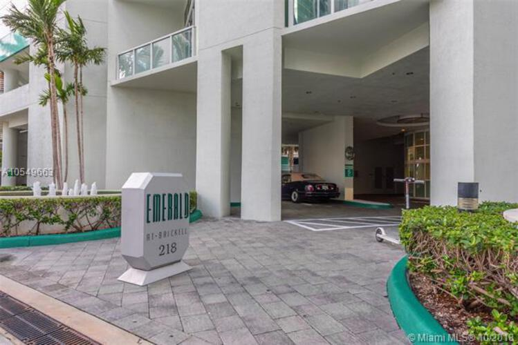 218 SE 14th St, Miami, Fl 33131, Emerald at Brickell #1705, Brickell, Miami A10549663 image #28