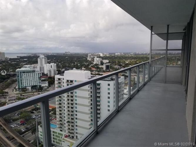 1111 SW 1st Avenue, Miami, FL 33130 (North) and 79 SW 12th Street, Miami, FL 33130 (South), Axis #3002-S, Brickell, Miami A10551012 image #32