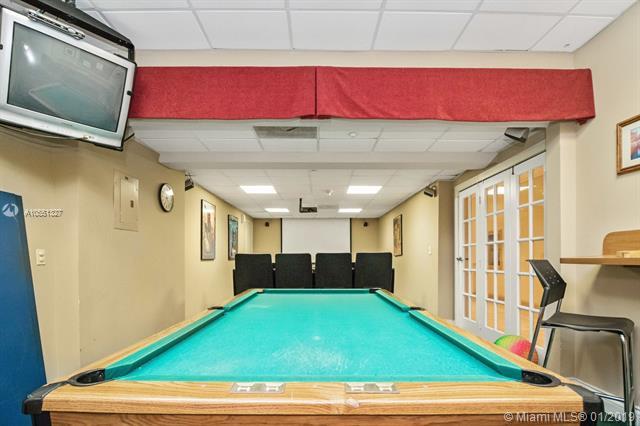 Brickell Bay Club image #46