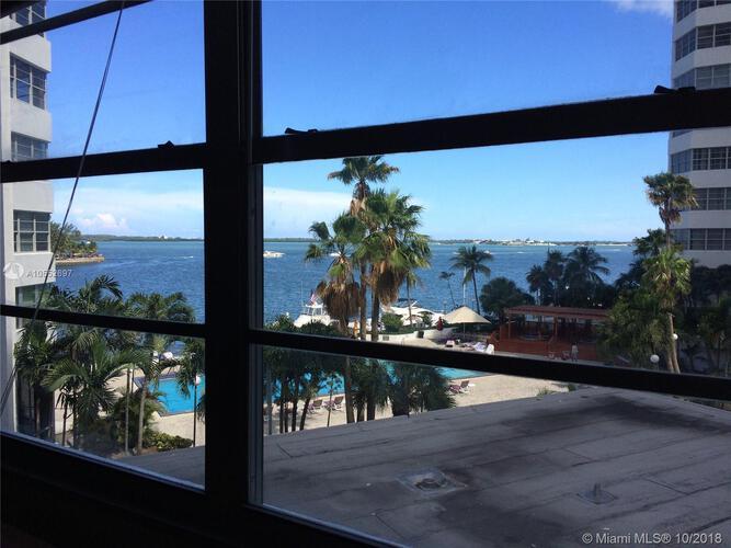 905 Brickell Bay Drive, Miami, FL 33131, Four Ambassadors #465, Brickell, Miami A10552697 image #2