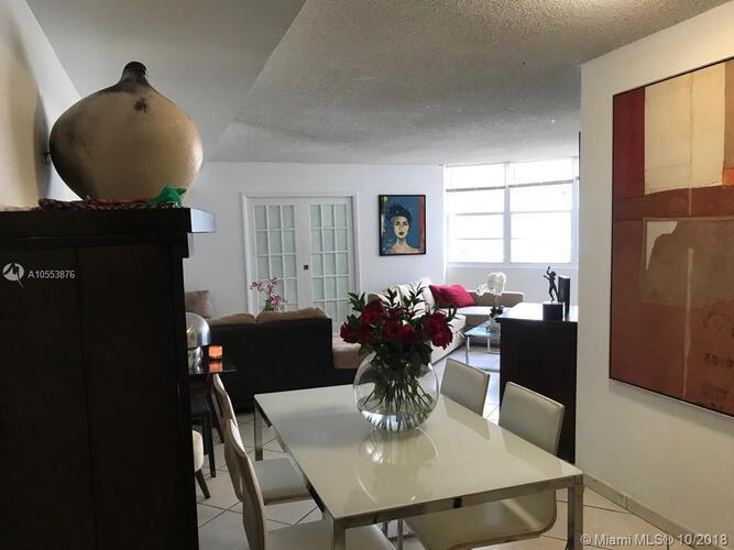 905 Brickell Bay Drive, Miami, FL 33131, Four Ambassadors #1007, Brickell, Miami A10553876 image #24