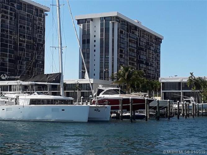 1865 Brickell Ave, Miami. FL 33129, Brickell Place I #A205, Brickell, Miami A10554896 image #18