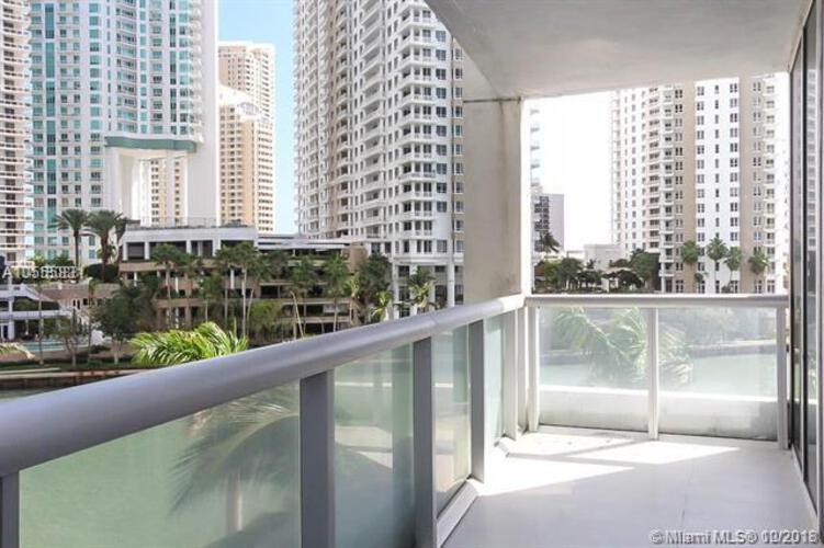 495 Brickell Ave, Miami, FL 33131, Icon Brickell II #402, Brickell, Miami A10555831 image #3
