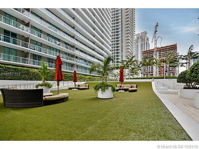 1111 SW 1st Avenue, Miami, FL 33130 (North) and 79 SW 12th Street, Miami, FL 33130 (South), Axis #2303-S, Brickell, Miami A10557151 image #24