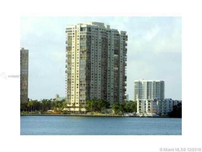 2333 Brickell Avenue, Miami Fl 33129, Brickell Bay Club #407, Brickell, Miami A10562627 image #2
