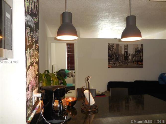 905 Brickell Bay Drive, Miami, FL 33131, Four Ambassadors #1043, Brickell, Miami A10564700 image #11