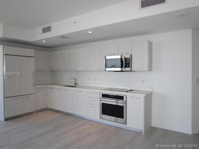 45 SW 9th St, Miami, FL 33130, Brickell Heights East Tower #2106, Brickell, Miami A10567735 image #1