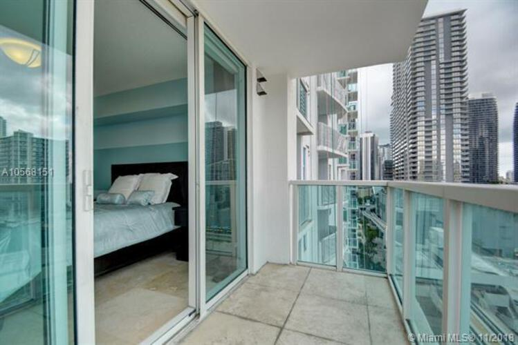 Brickell on the River North image #58