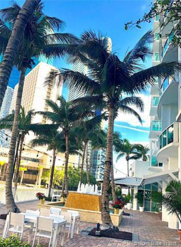 Brickell on the River North image #90