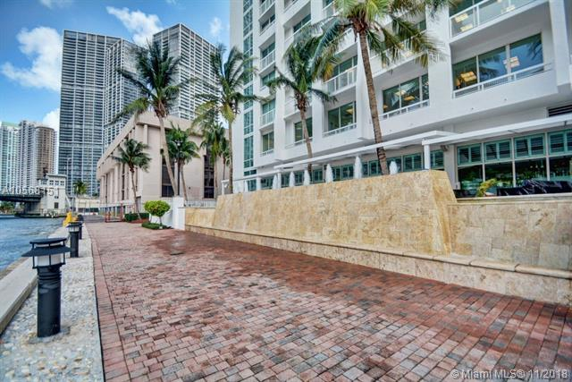 Brickell on the River North image #92